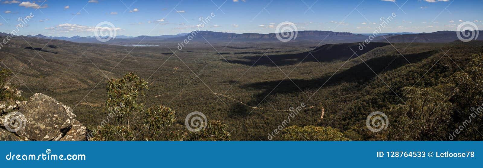 Panoramautsikt från Reid utkik och balkongerna, Grampiansen, Victoria, Australien,