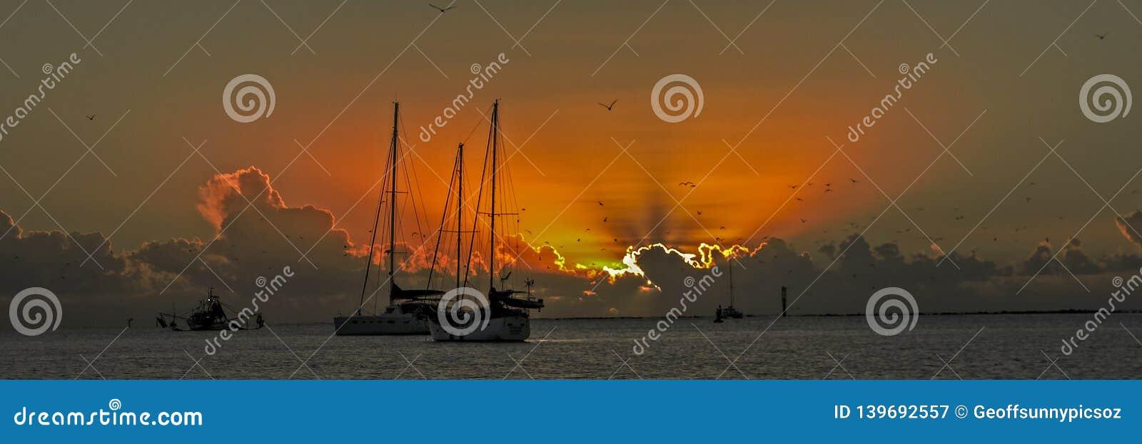 Panoramic nautical cumulonimbus ocean Sunset