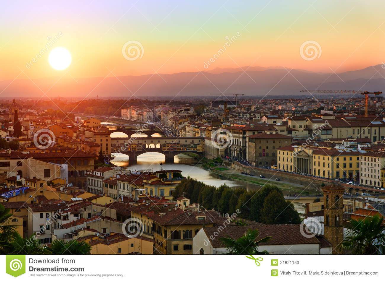 Panoramic sunset view to florence tuscany italy stock for Is florence in tuscany