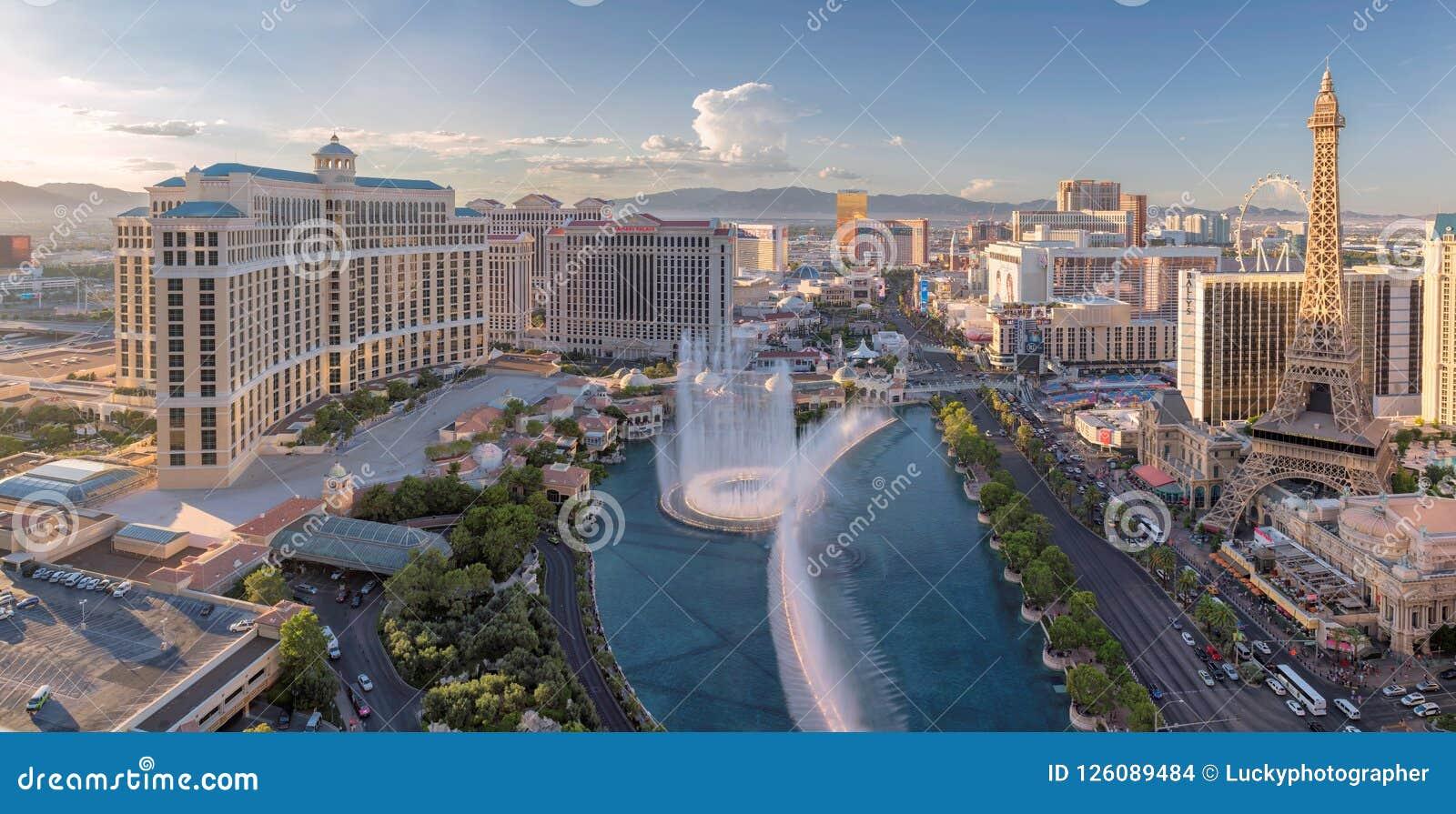panoramic view of las vegas strip at sunset editorial stock image image of bellagio casinos. Black Bedroom Furniture Sets. Home Design Ideas