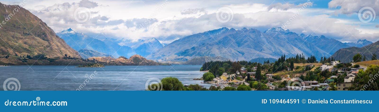 Panoramic View of Wanaka, New Zealand