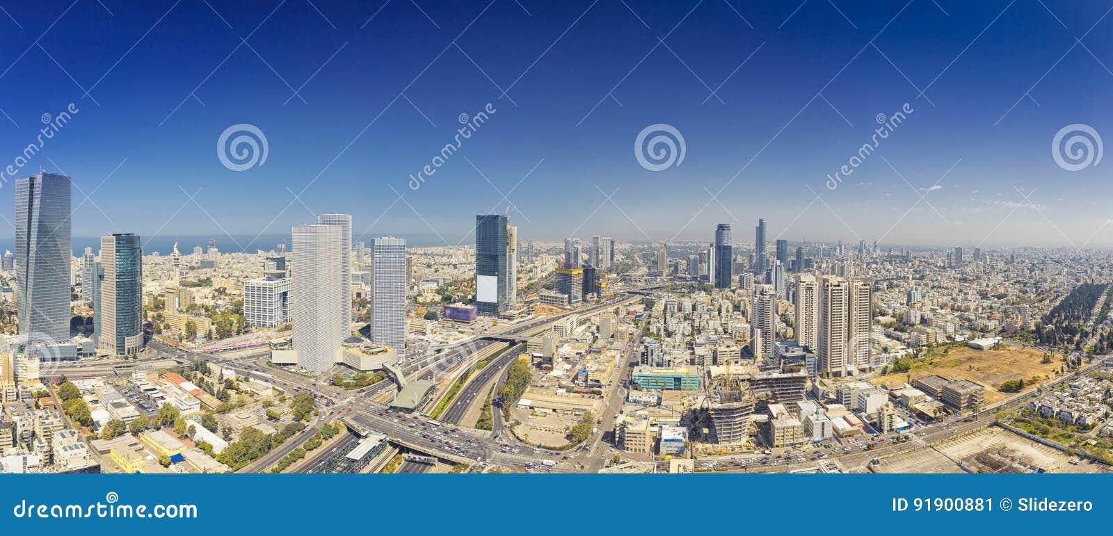 Panoramiczny strzał Tel Aviv I Ramat Gan linia horyzontu