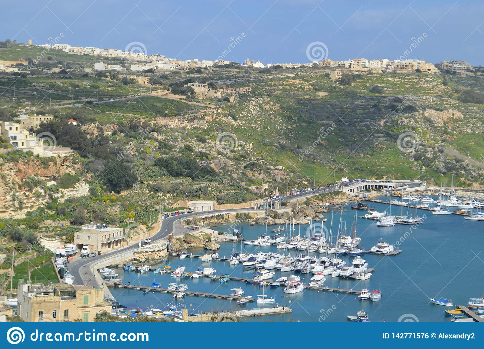 Panoramiczny widok Gozo wyspa