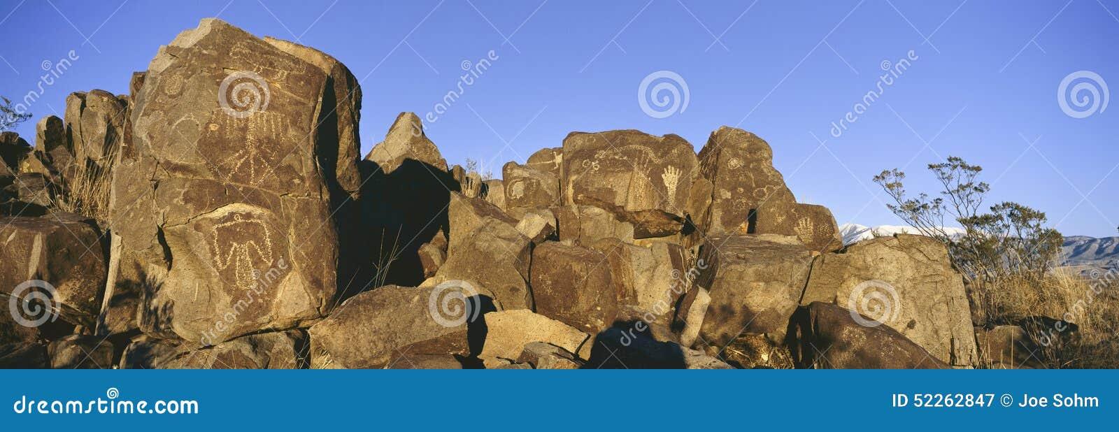 Panoramiczny wizerunek petroglify przy Trzy rzek petroglifu Krajowym miejscem, a biuro Gruntowy zarządzania miejsce, cechy więcej