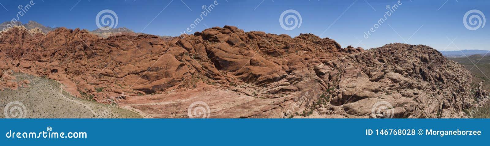 Panoramische szenische von der Luftansicht von Felsformationen an der roten Rock-Schlucht
