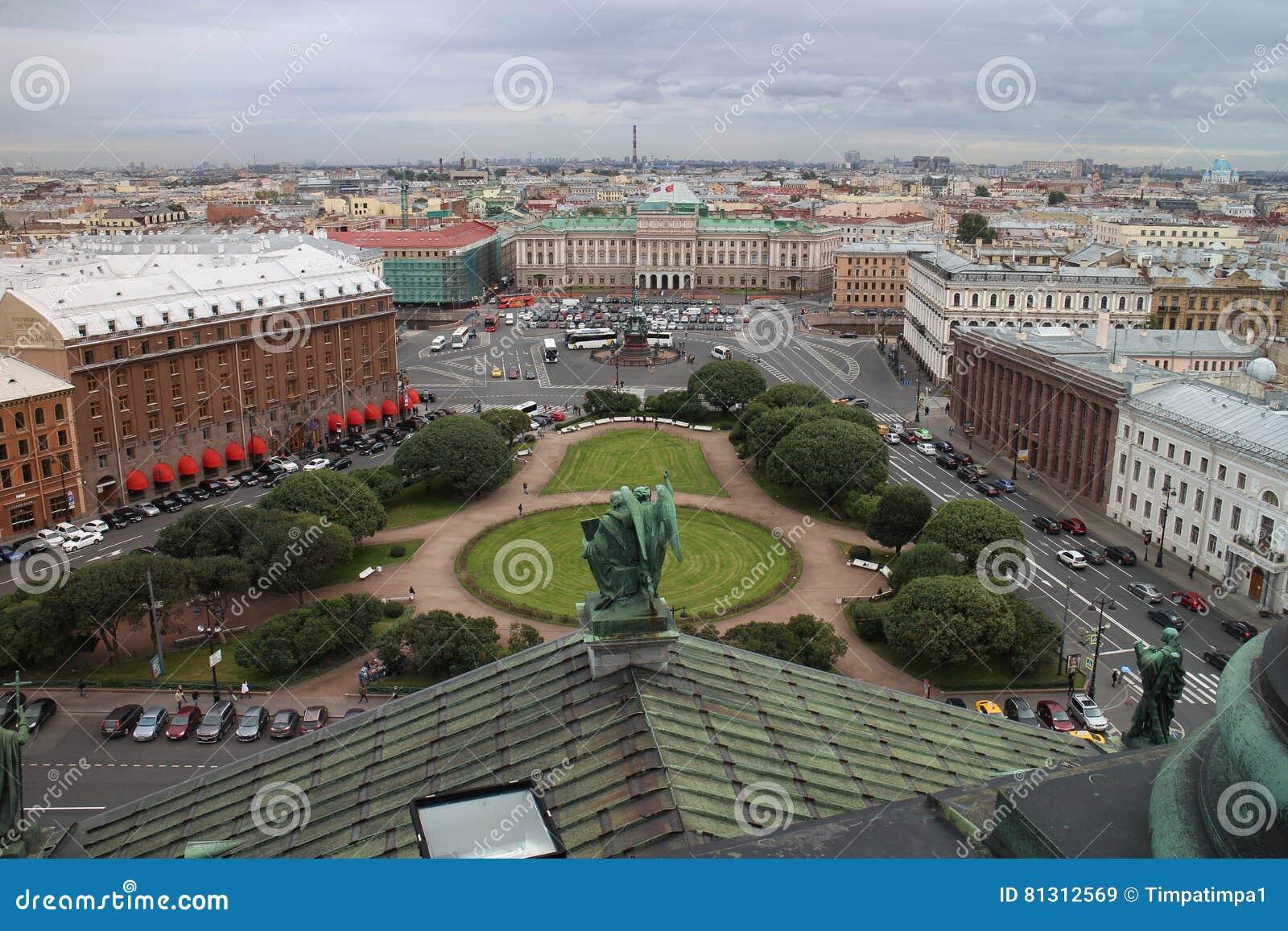Panorana van Heilige Petersburg van St Isaac ` s Kathedraal