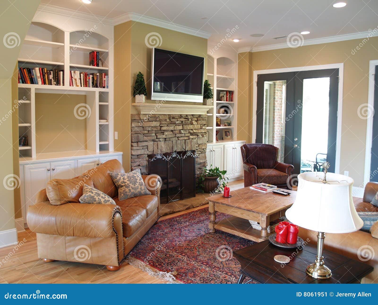 Pantalla plana tv en el cuarto de familia imagen de - Tv en habitacion ...