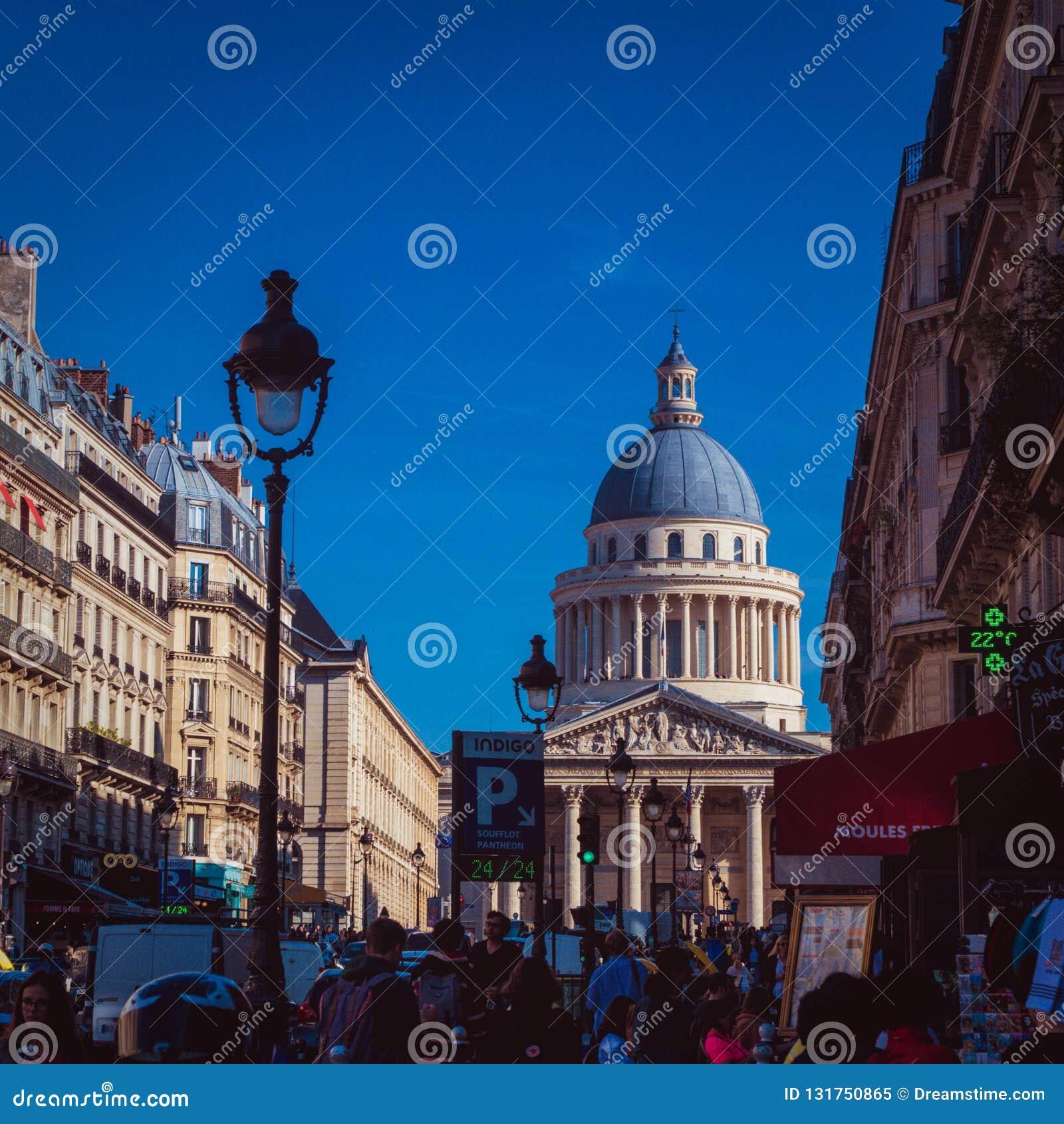 Panthéon Sikt från Rue Soufflot