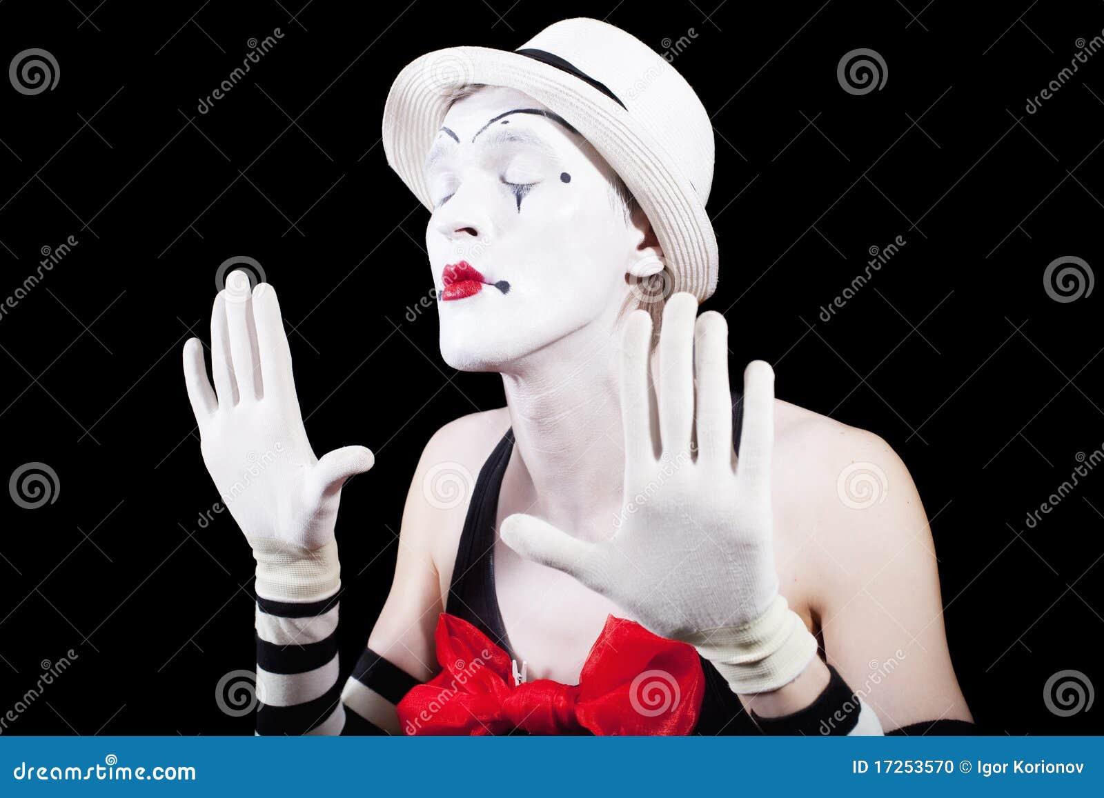 Armario Metal Tok Stok ~ Pantomimas Do Ator Com Olhos Fechados Foto de Stock Imagem 17253570