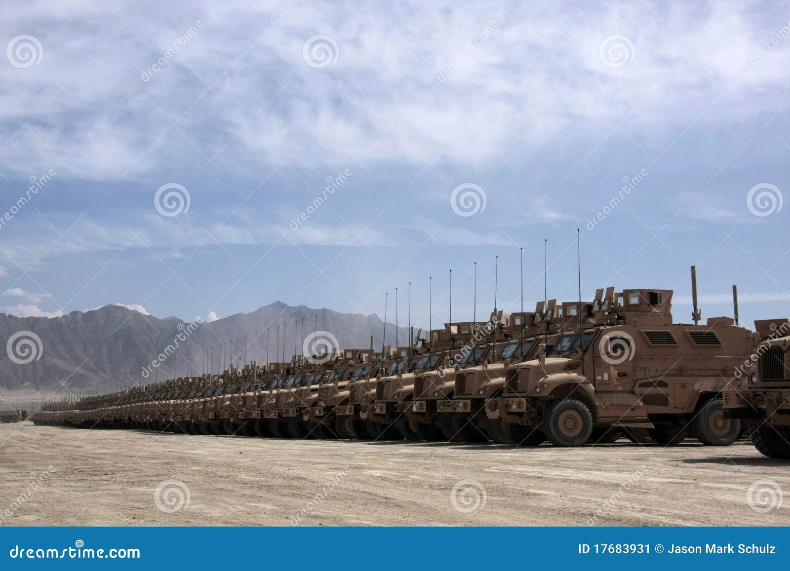 Pantserwagens Klaar voor Kwestie in Afghanistan