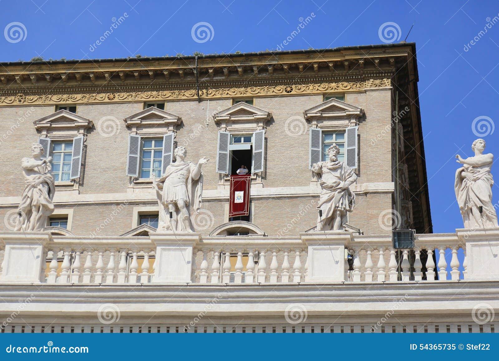 Pape Francis prêchant du balcon papal d appartement, Ville du Vatican