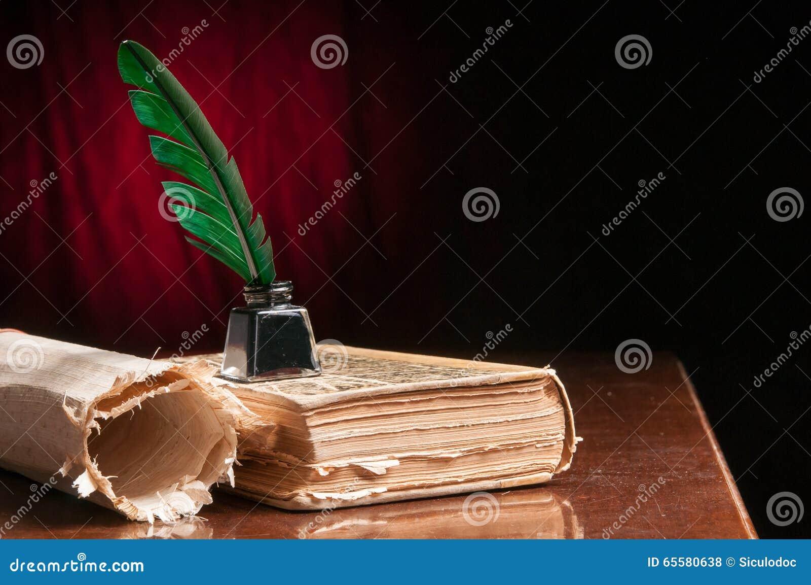 Papel da pena e do papiro