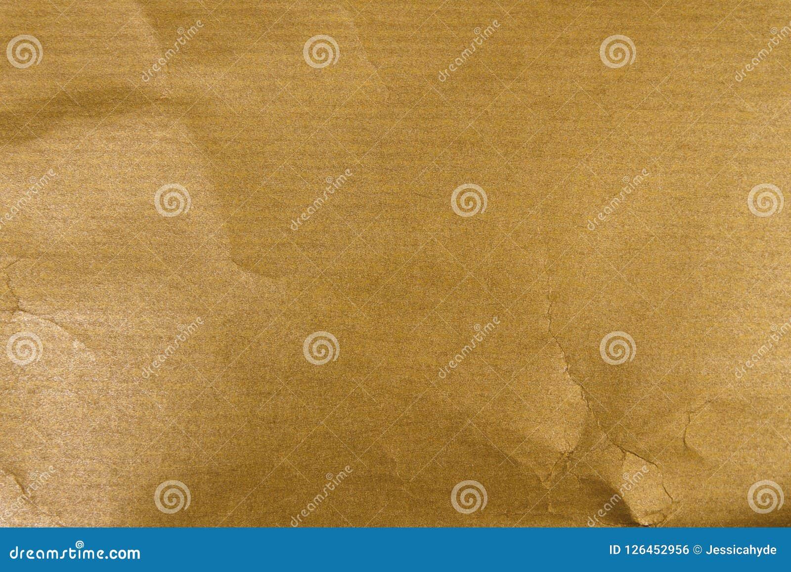 Papel de embalagem dourado