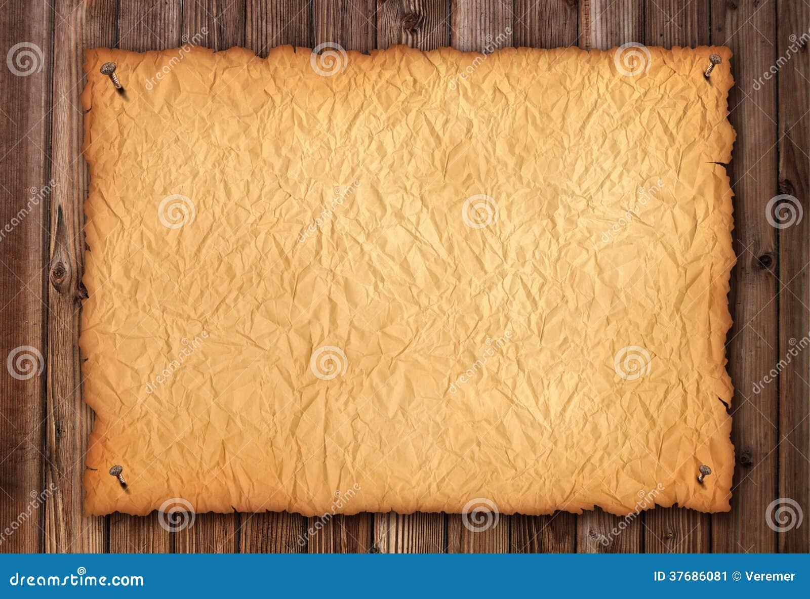 Papel enrugado velho na madeira envelhecida marrom folha for Papel de pared madera