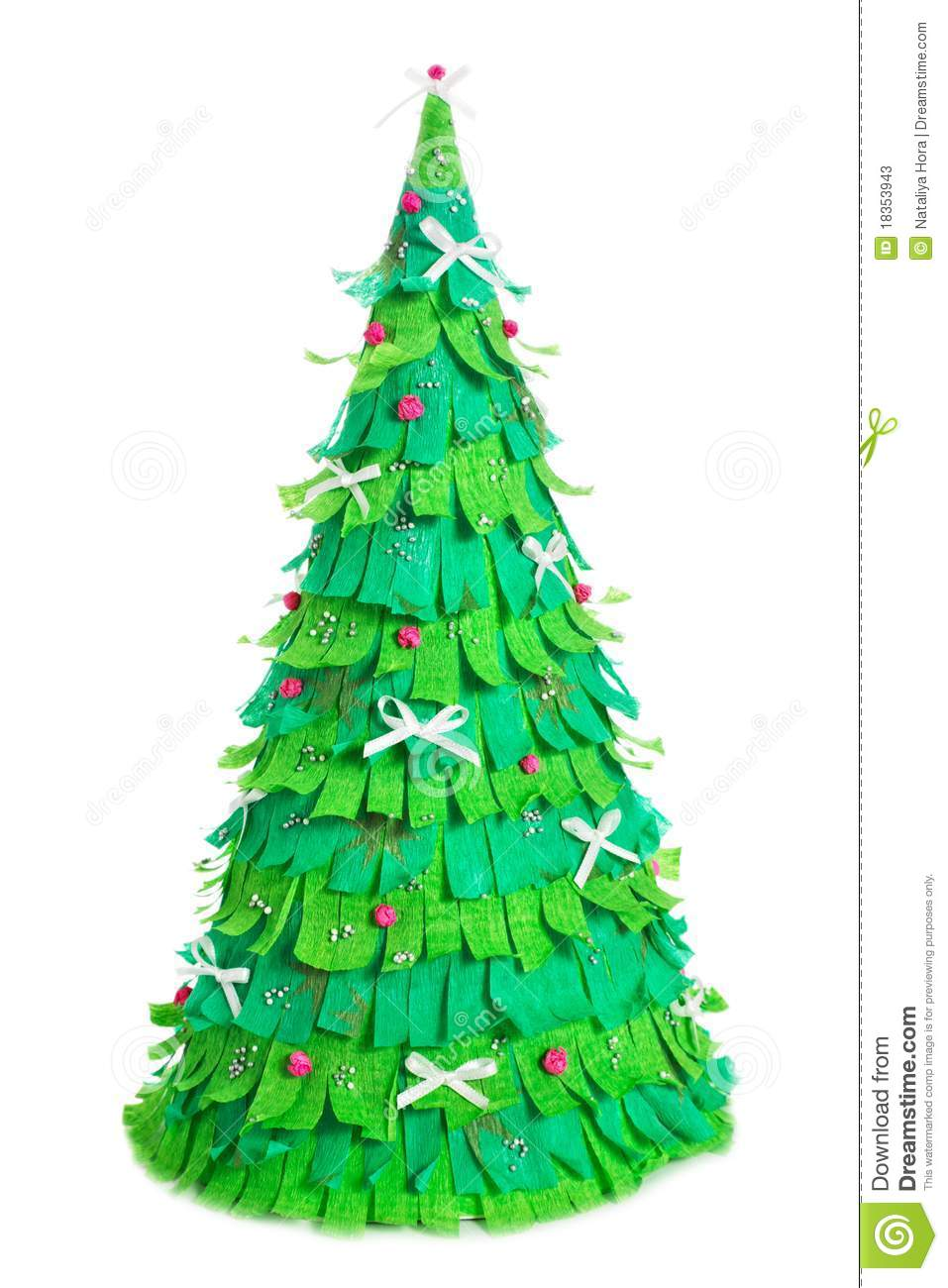 essay of christmas tree Christmas was one of the most festival times of the year for me it provides a reason for my family to reconnect and the christmas tree is a symbol of the.