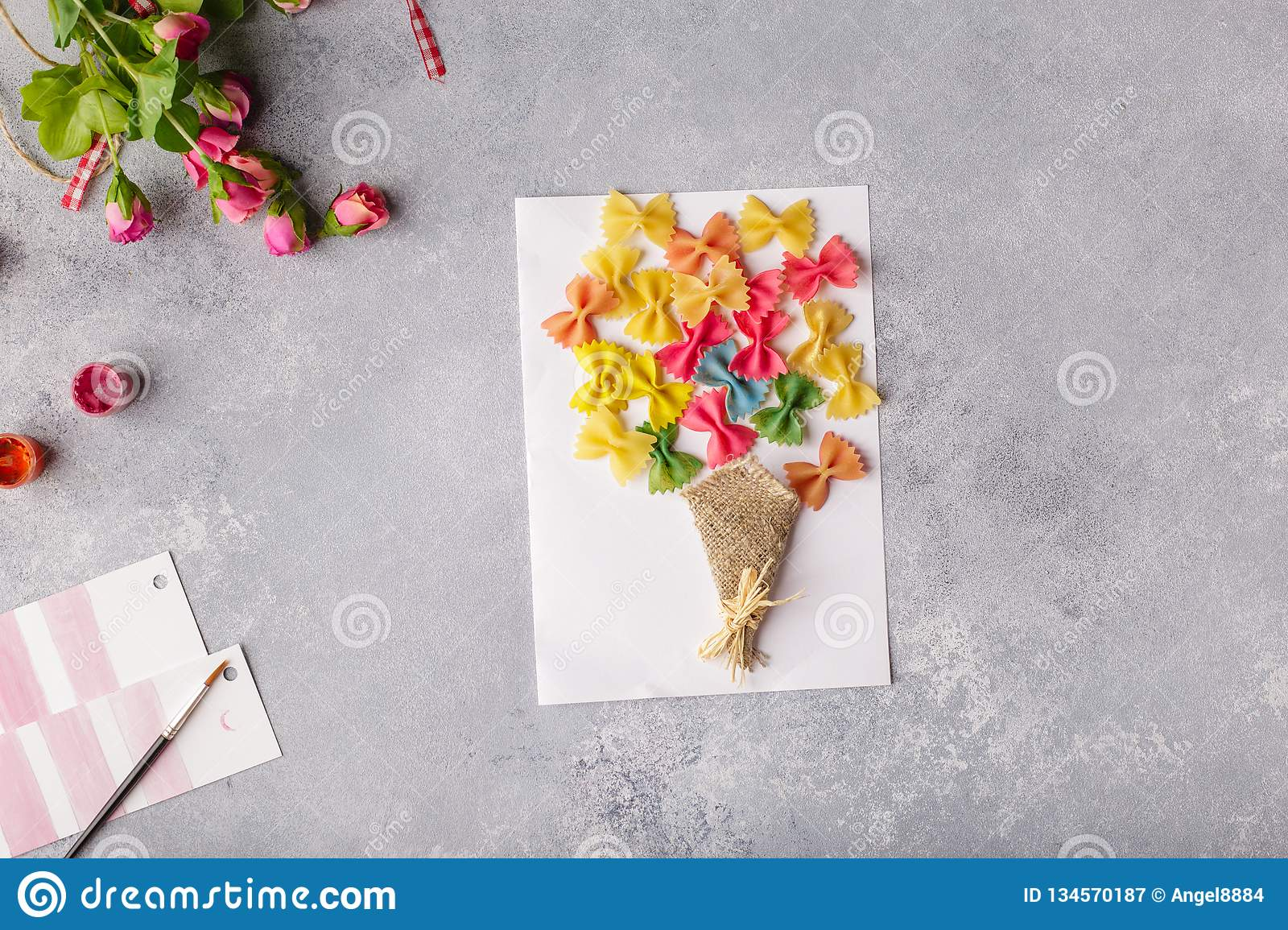 Paper Crafts For Mother Day 8 March Or Birthday Small Child Doing A Bouquet Of Flowers Out Colored And Pasta Mom Simple Gift Idea
