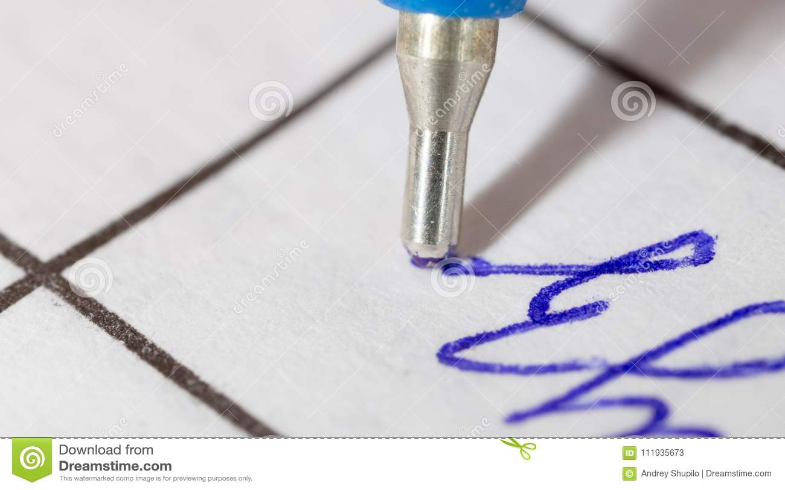Paper penna Makro