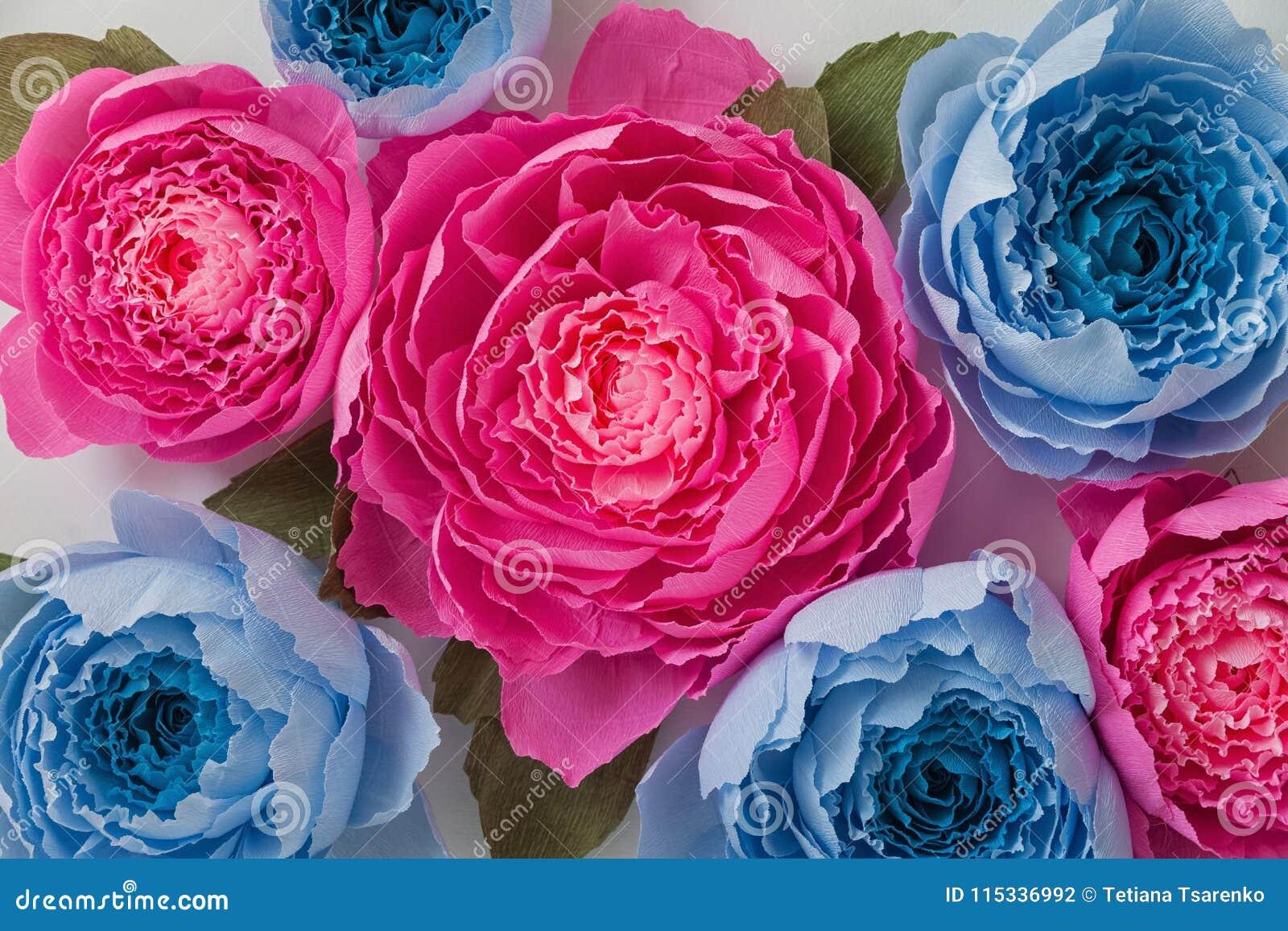 Corrugated paper roses