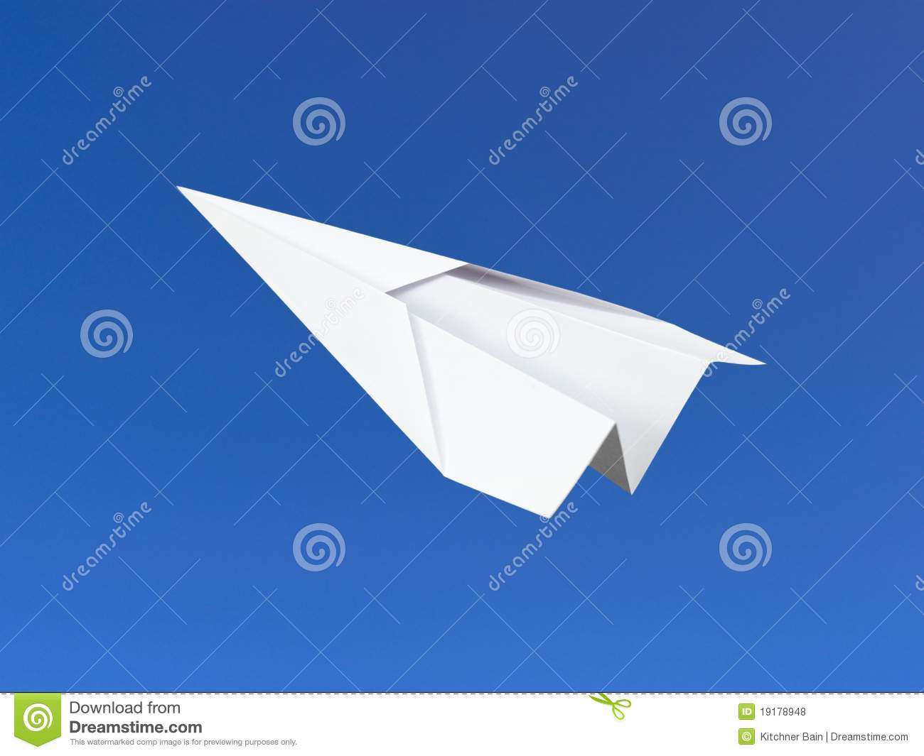 research on paper planes Paper planes is funny and hopeful,  he begins to understand what makes a child a bully and he undertakes research and practises to achieve an aim.