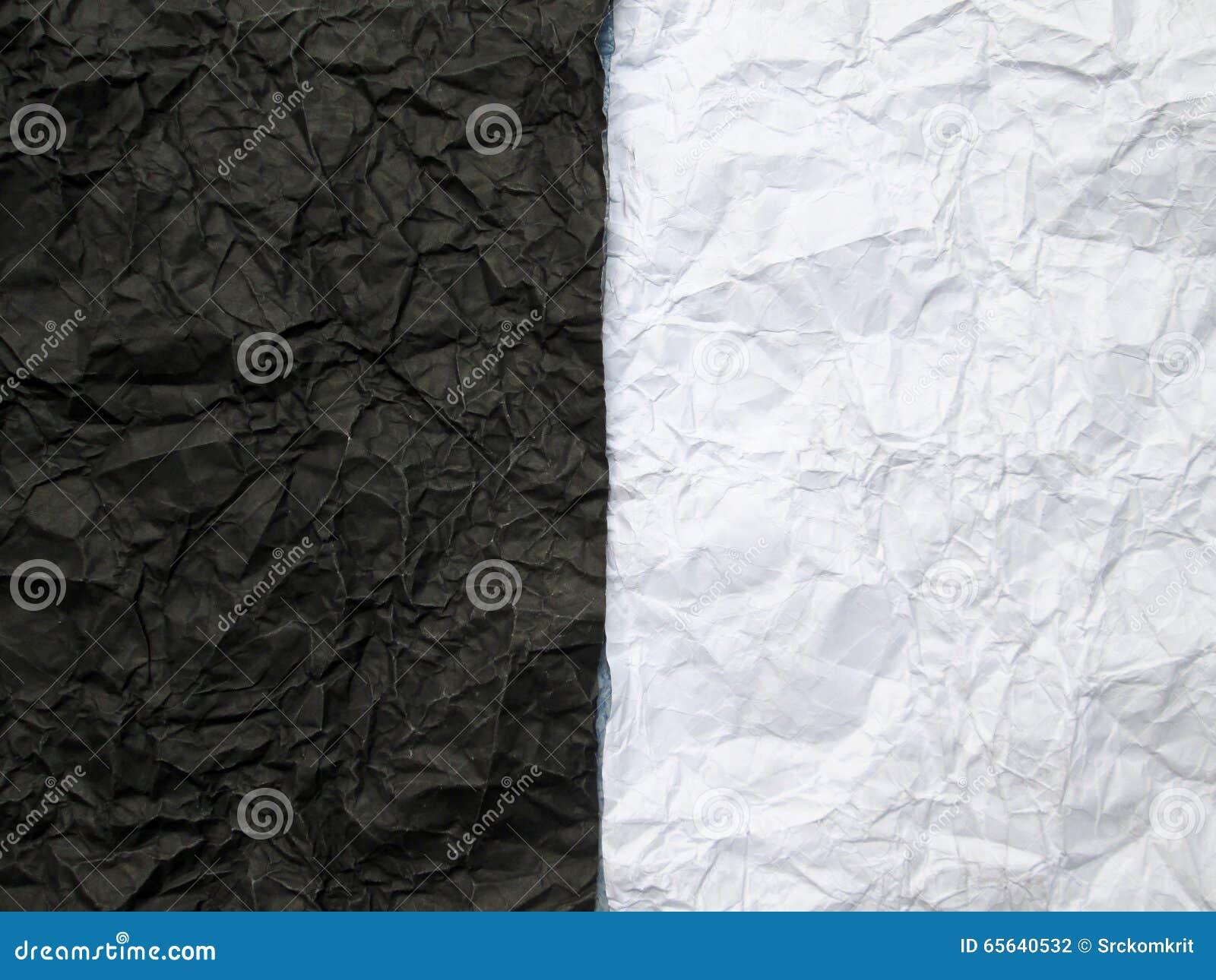 Papier chiffonné avec noir et blanc