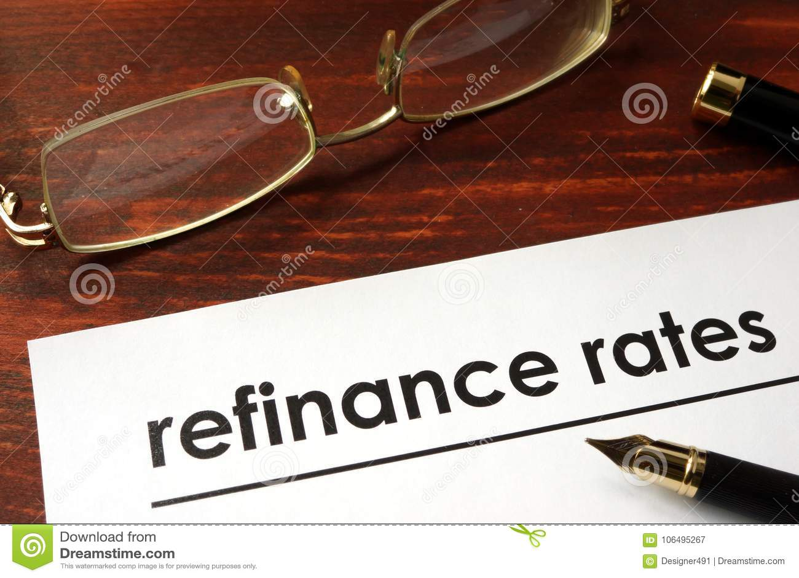 Papier mit Wörtern finanzieren Rate neu