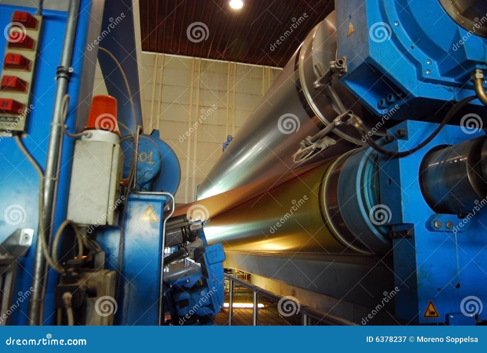 Papier- und Massentausendstel - Fourdrinier-Papiermaschine
