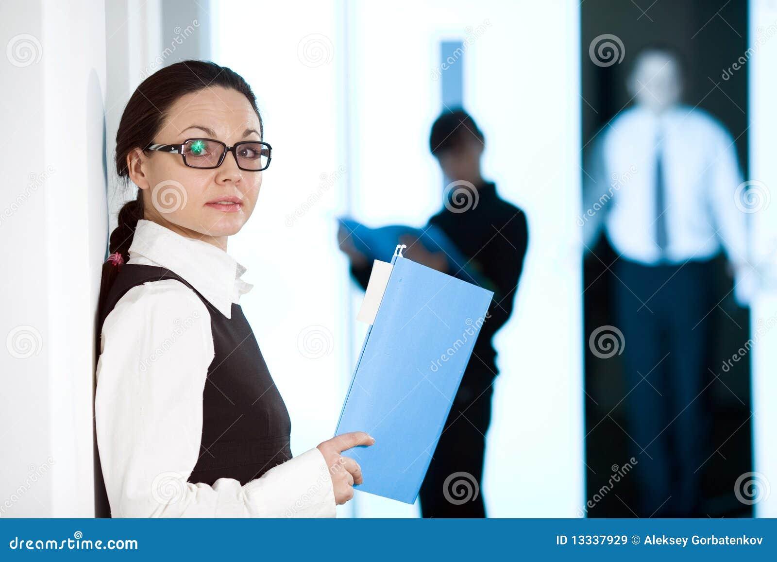 Papierowe kobiety