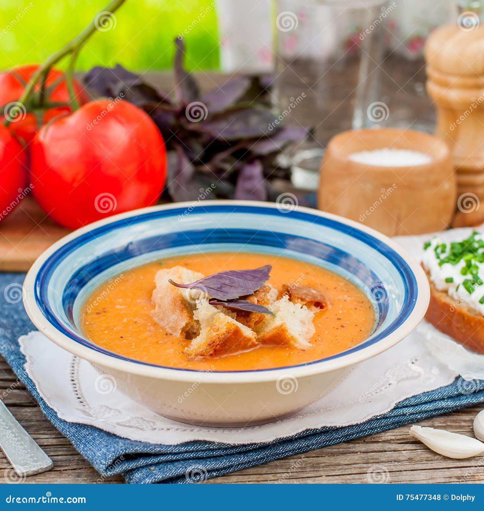 Pappaal pomodoro, Tomaat en Broodsoep