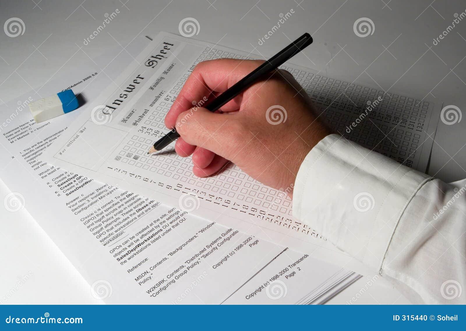 Papper för 4 examen