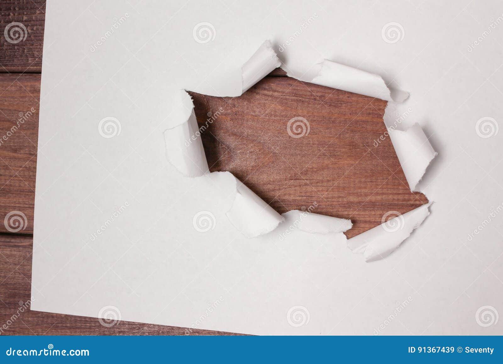 Pappers- fönster medf8ort