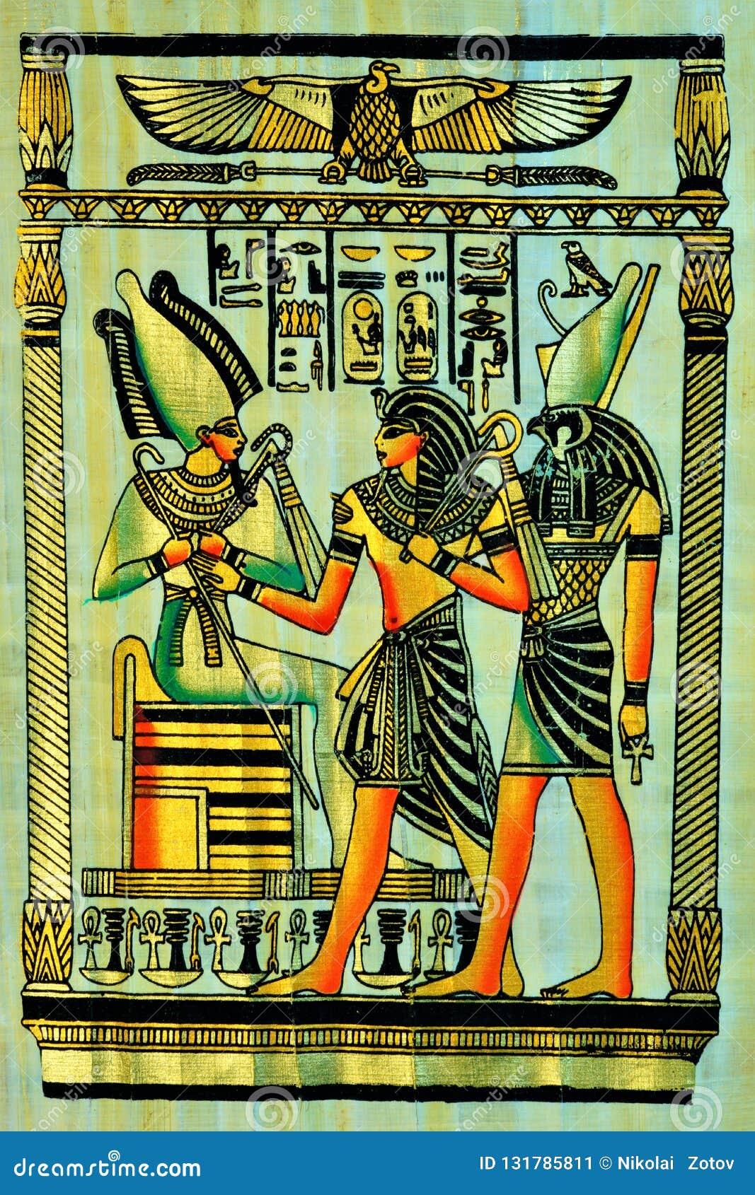 Papyrushandstilmaterial, i forntida tider som är gemensamma i Egypten och senare i det hela utrymmet av den forntida världen