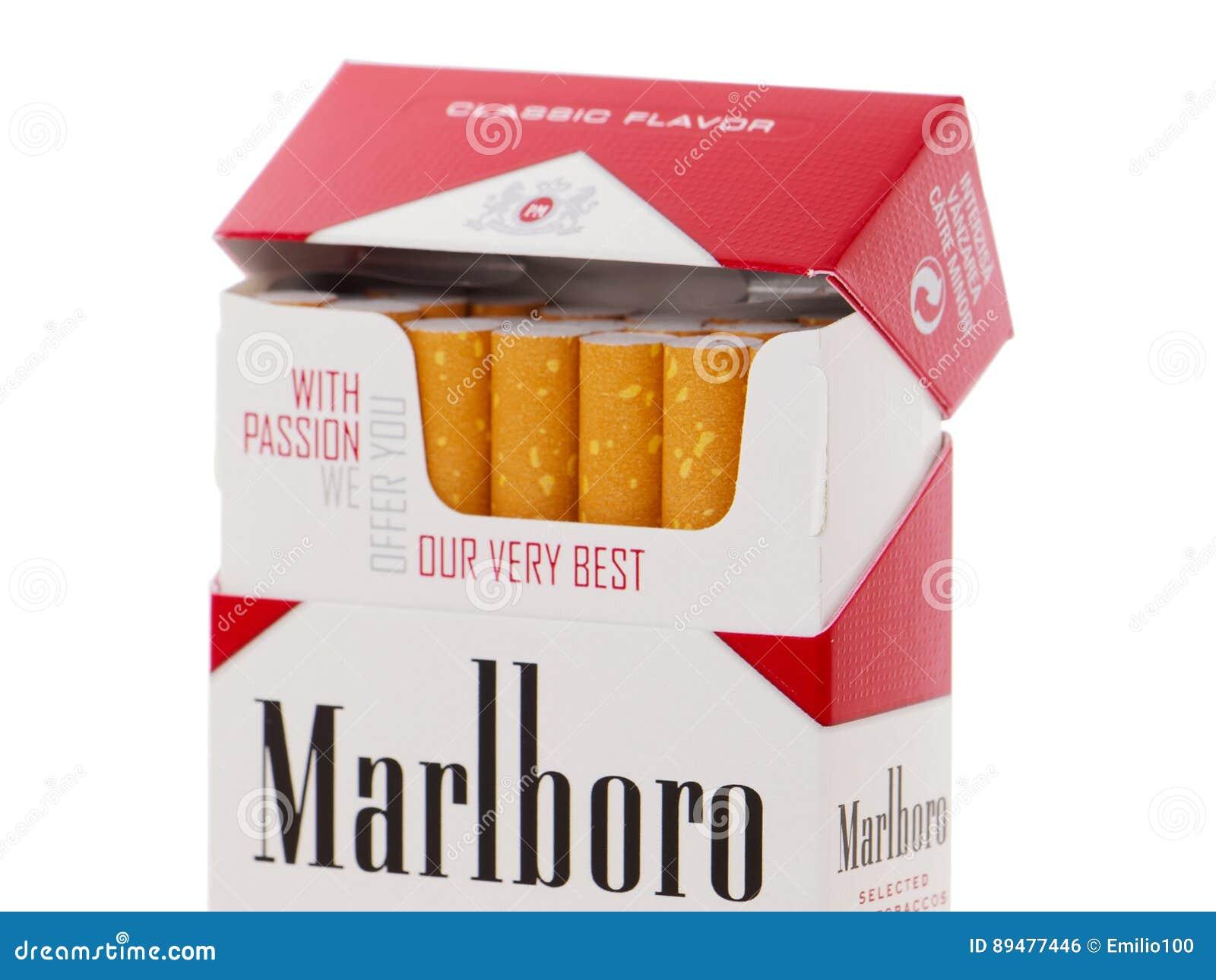 Paquete de los cigarrillos de Marlboro, hecho por Philip Morris