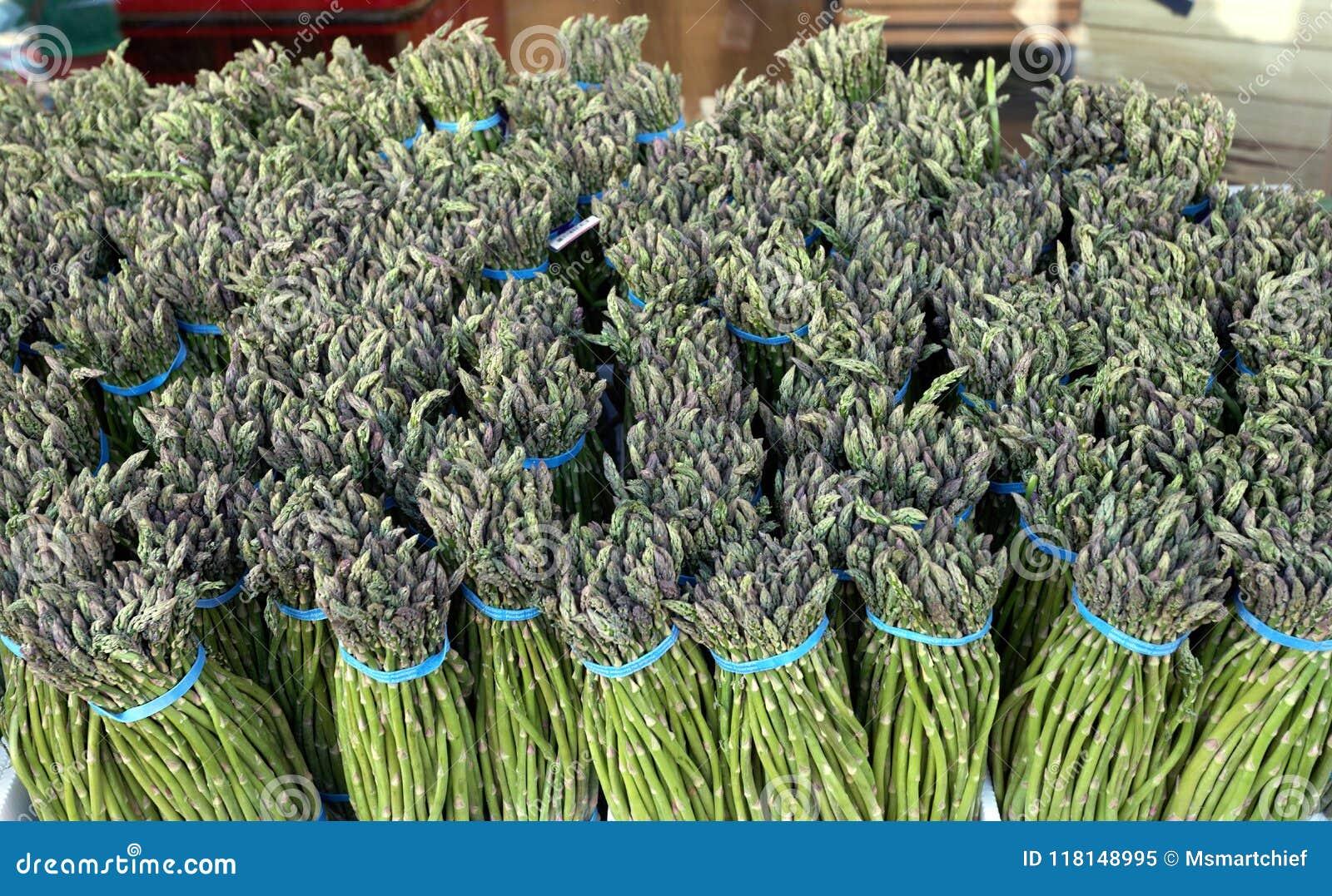 Paquets d asperge fraîche
