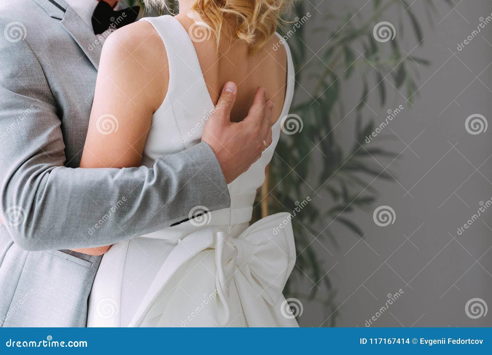 Par av att älska nygifta personer