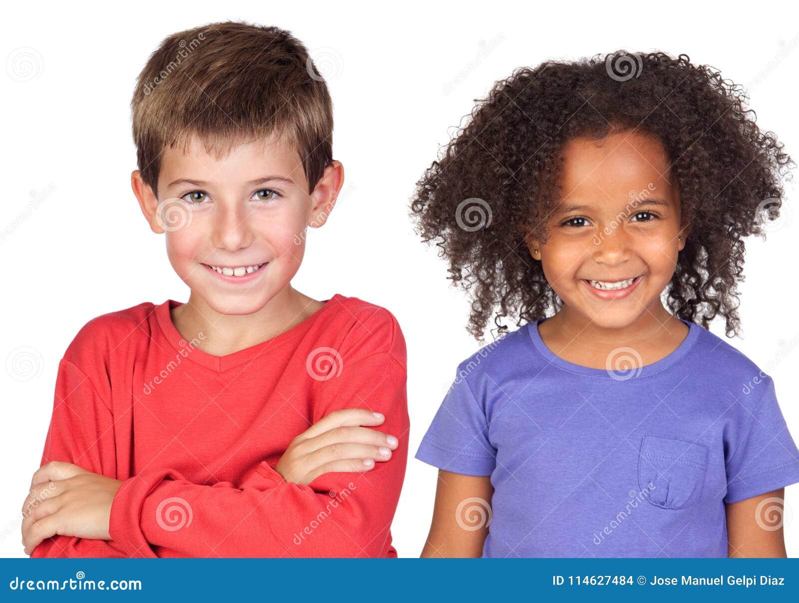 Par feliz de niños