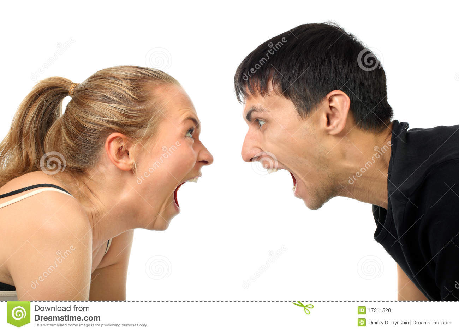 Par gråter lyckligt