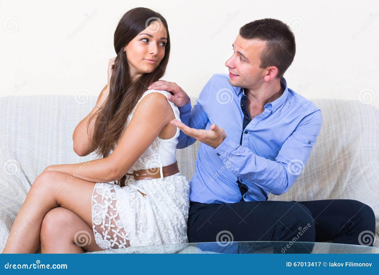 Vi erbjuder en trygg, bra, gratis tjänst för alla er som söker efter en seriös relation eller riktig kärlek.