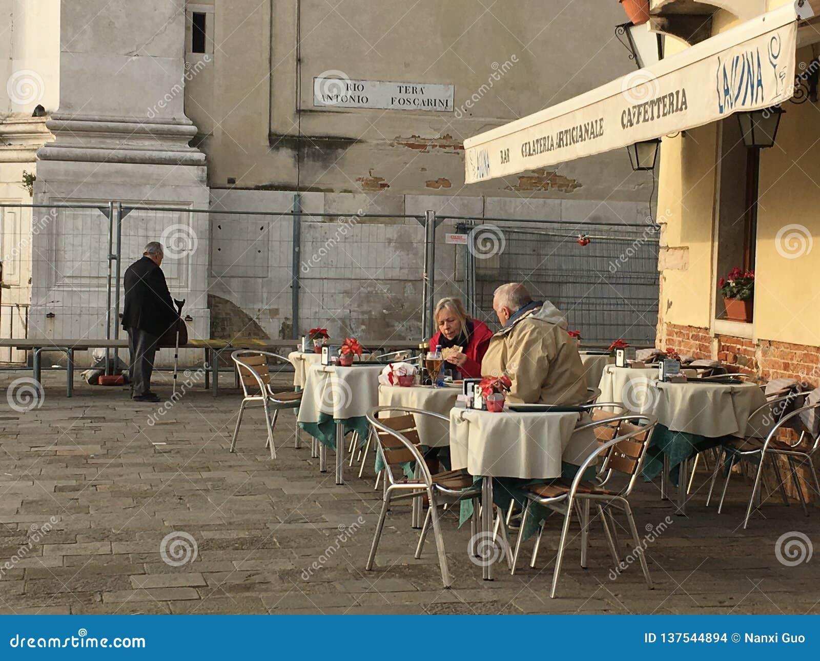 Para przy Venezia