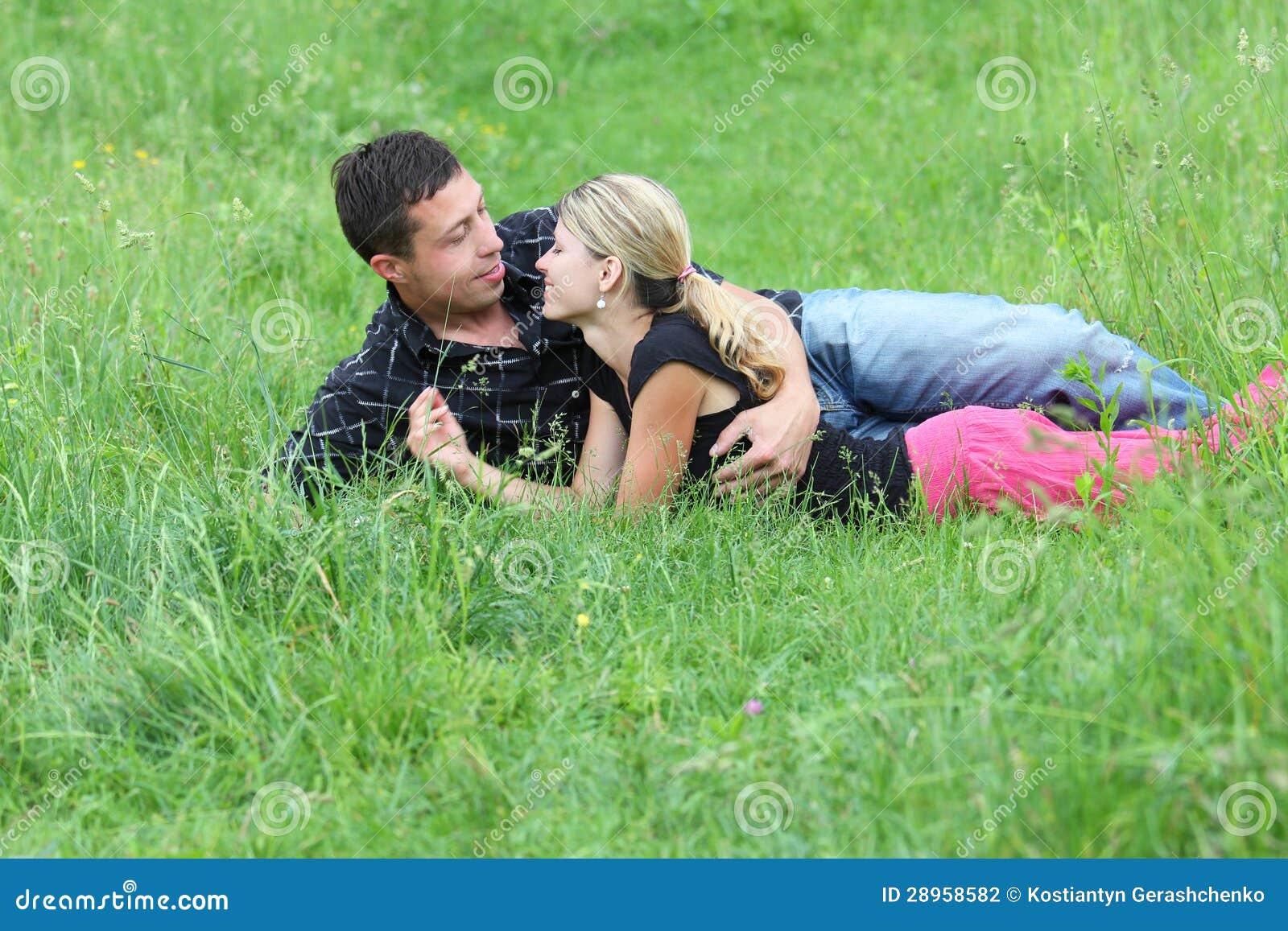 Para w miłości outdoors