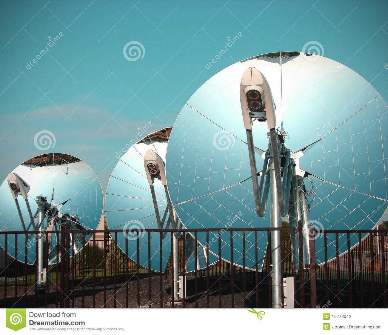 Parabolic Dish Solar Collectors Stock Photography Image