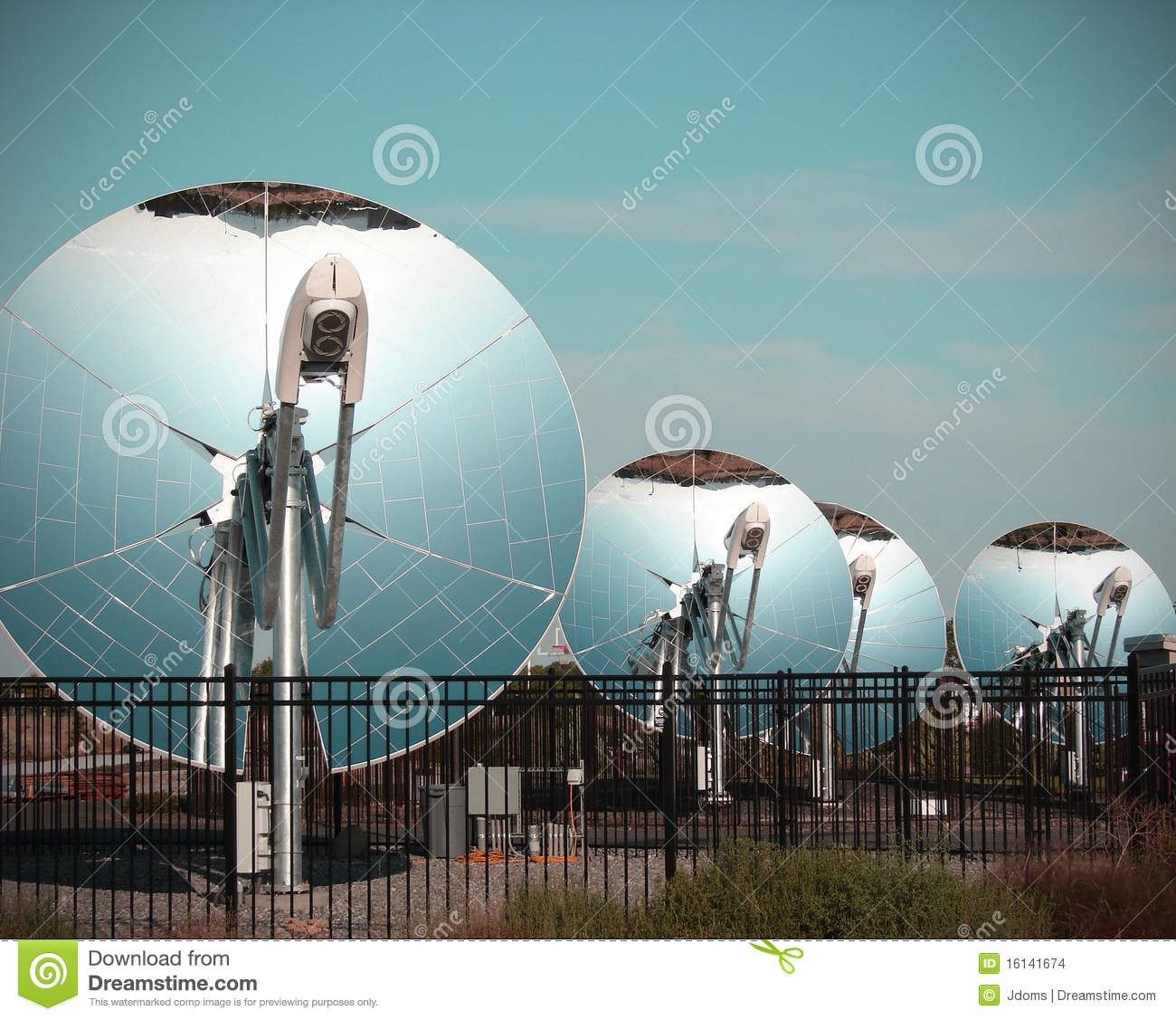 Parabolic Dish Solar Energy Collector Stock Images Image
