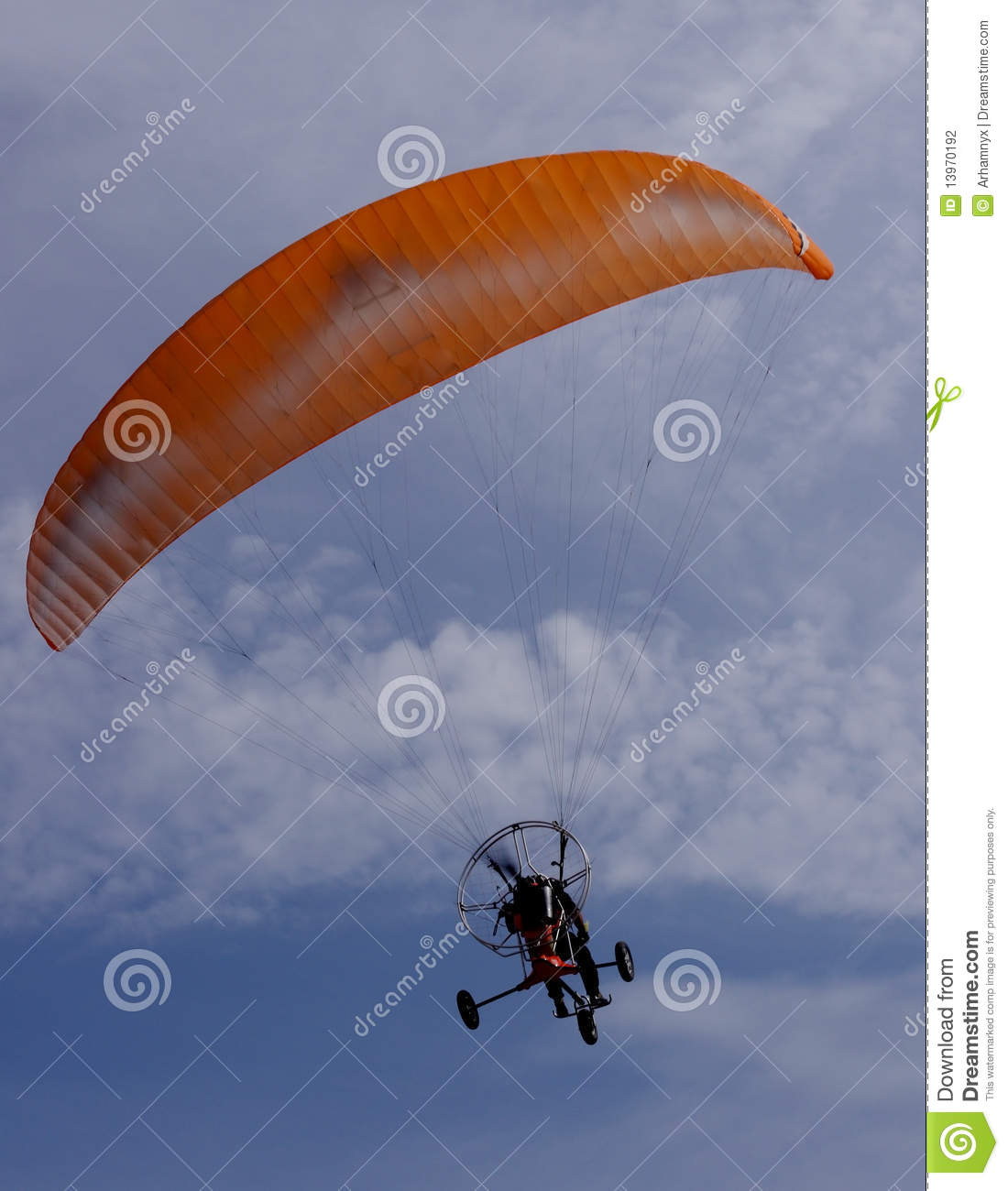 Parachute motor glider stock photography image 13970192 for Max motor dreams cost