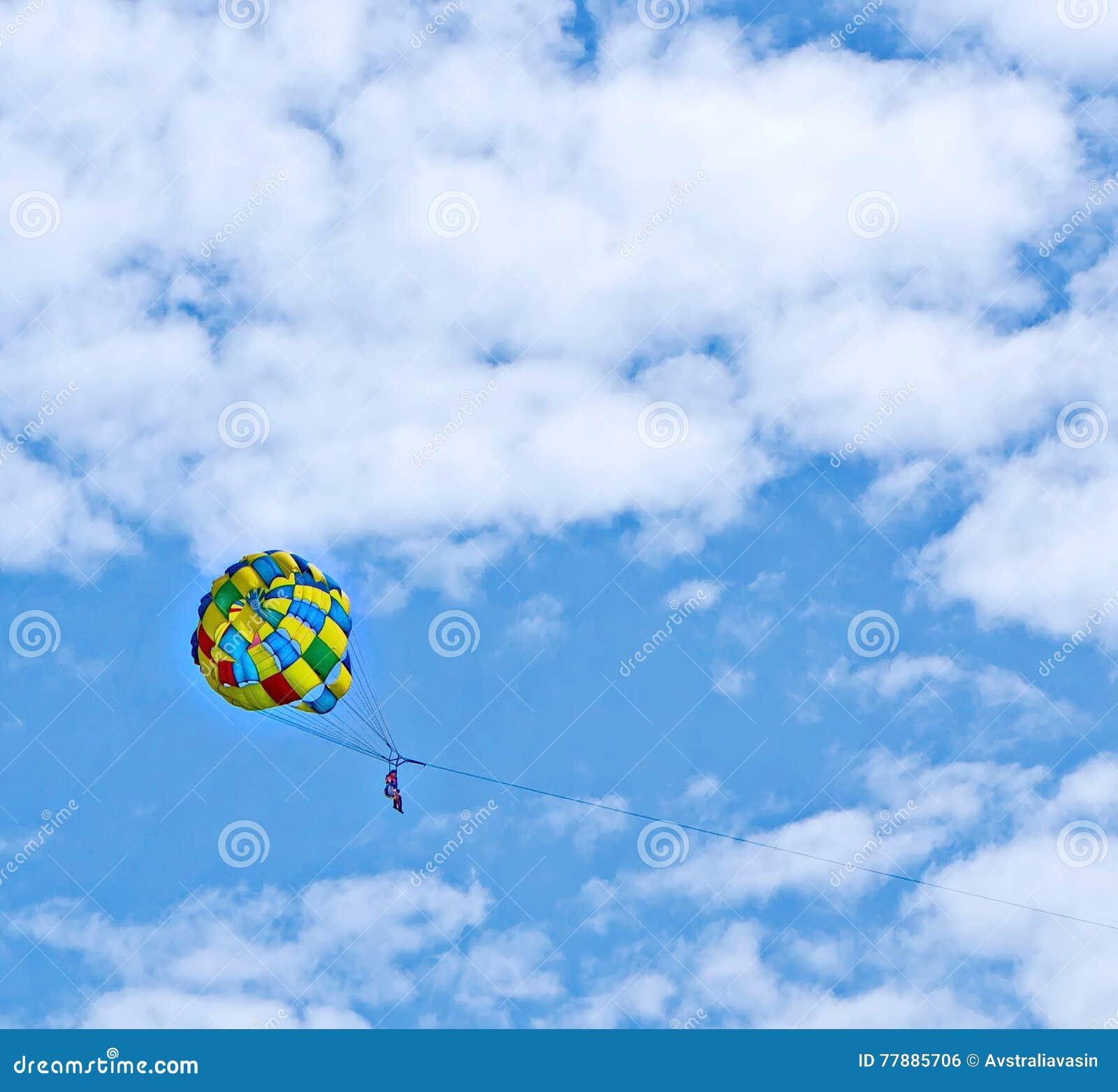 Parachuting Foto de archivo
