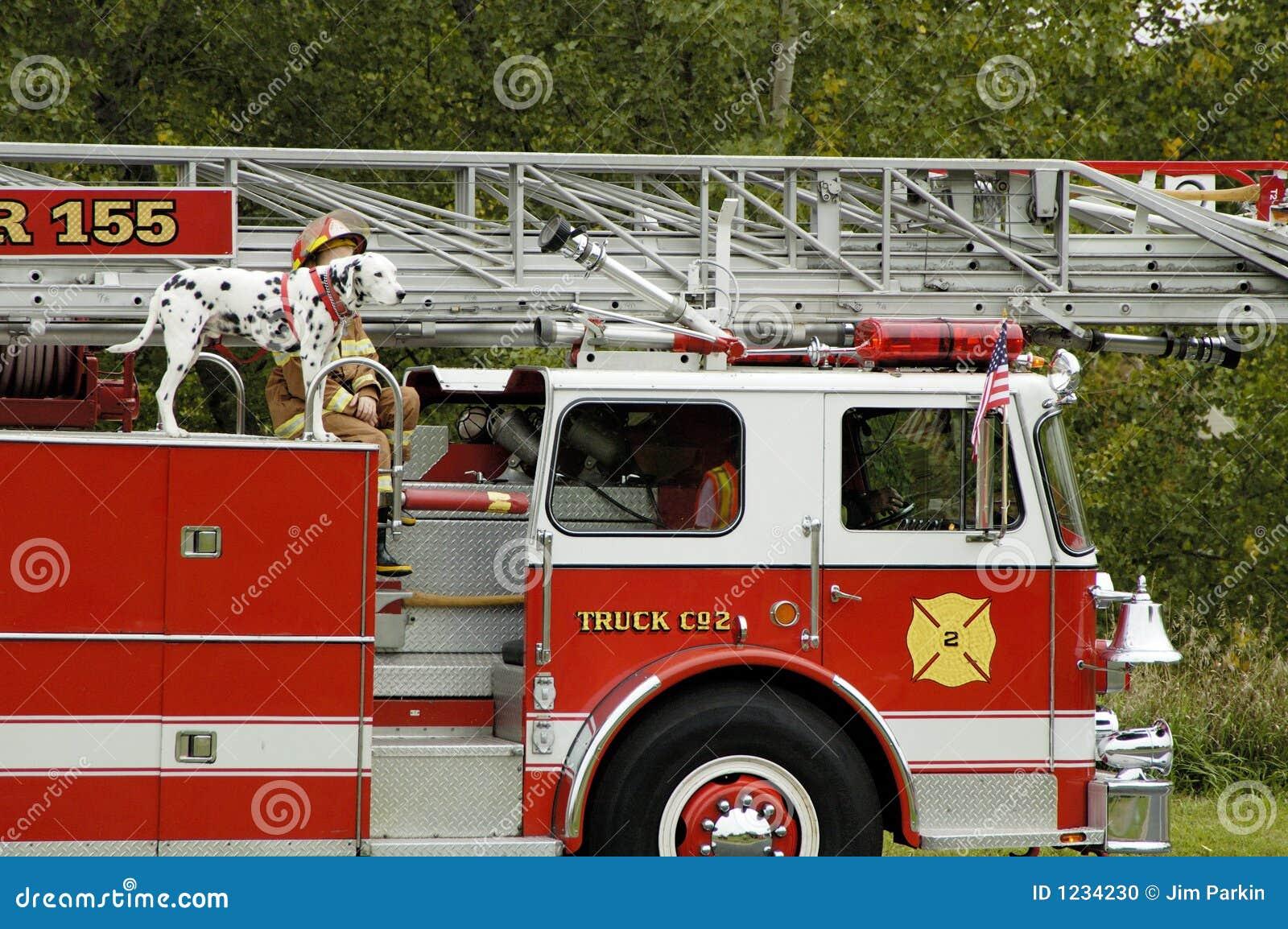 Parada 2 do carro de bombeiros