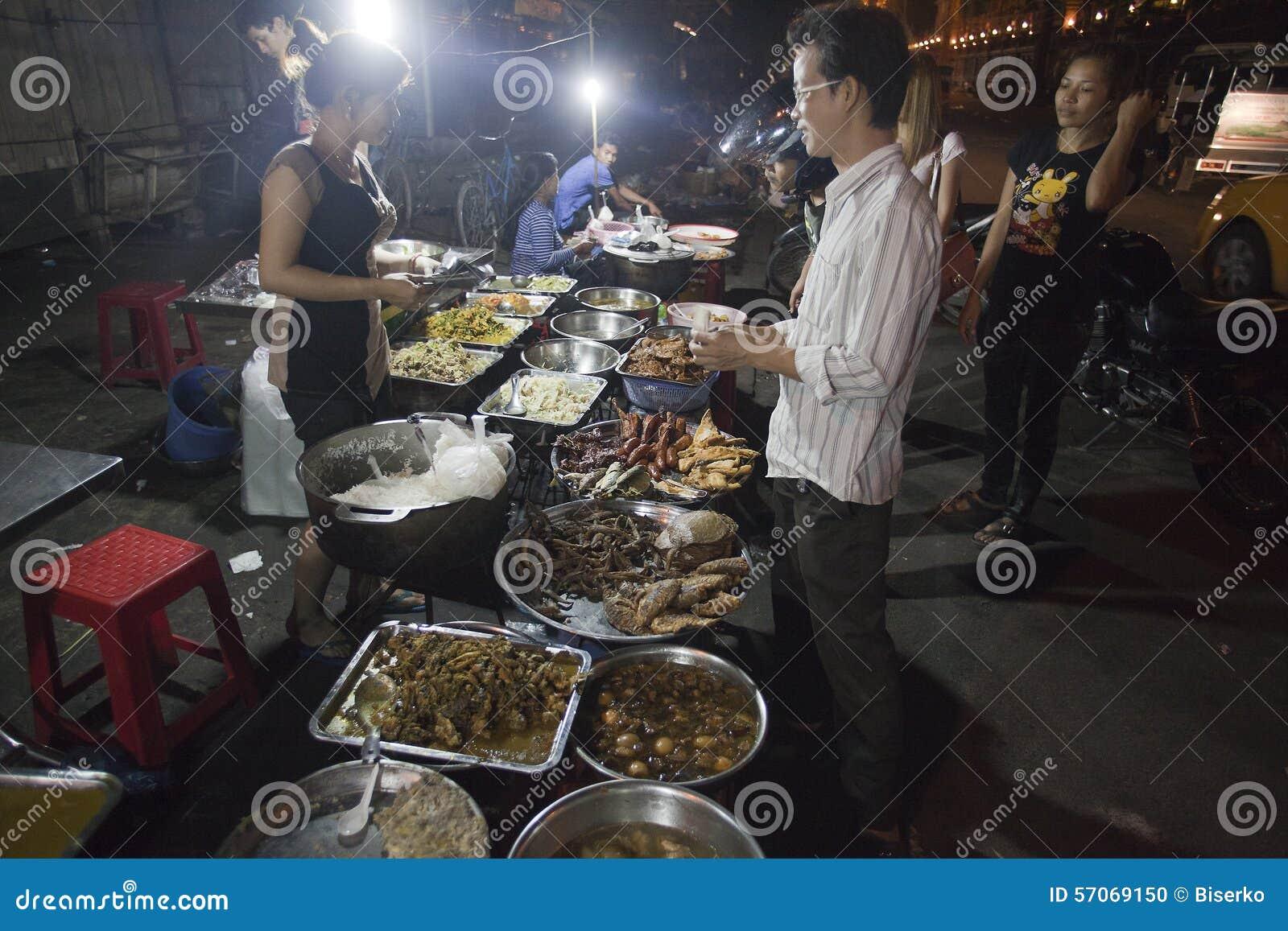 Parada de la noche en Phnom Penh