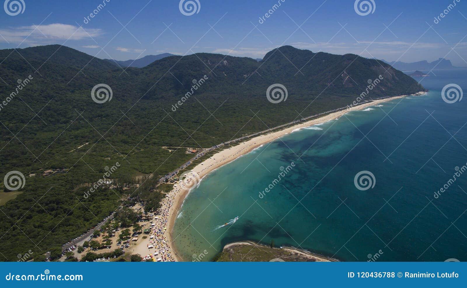 Paradijsstrand, mooi strand, prachtige stranden rond de wereld, Grumari-strand, Rio de Janeiro, Brazilië, Brazilië van Zuid-Ameri