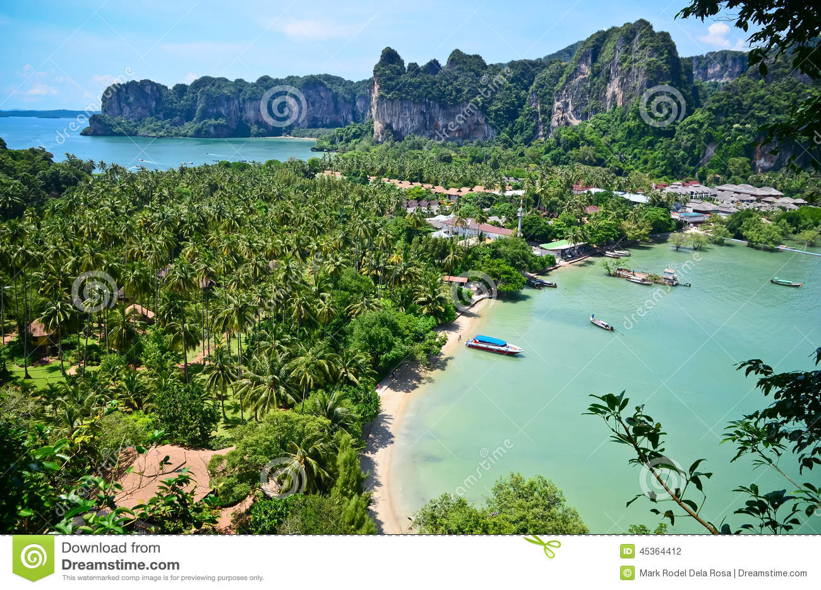 Paradis tropical de plage de la Thaïlande