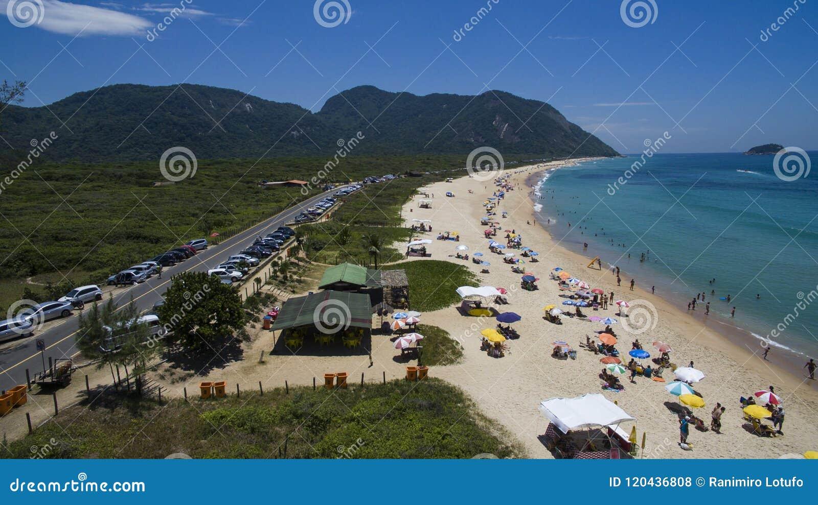 Paradisstrand, härlig strand, underbara stränder runt om världen, Grumari strand, Rio de Janeiro, Brasilien, Sydamerika Brasilien