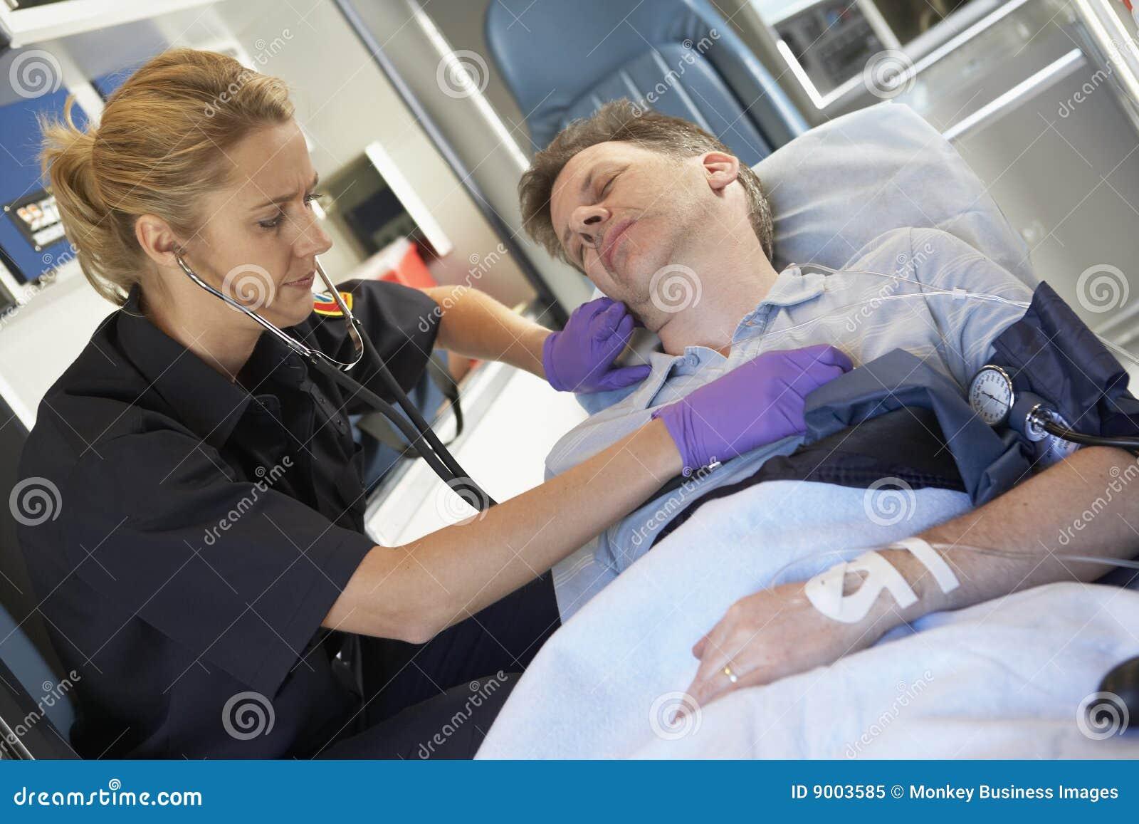 Секс фото в скорой помощи 11 фотография