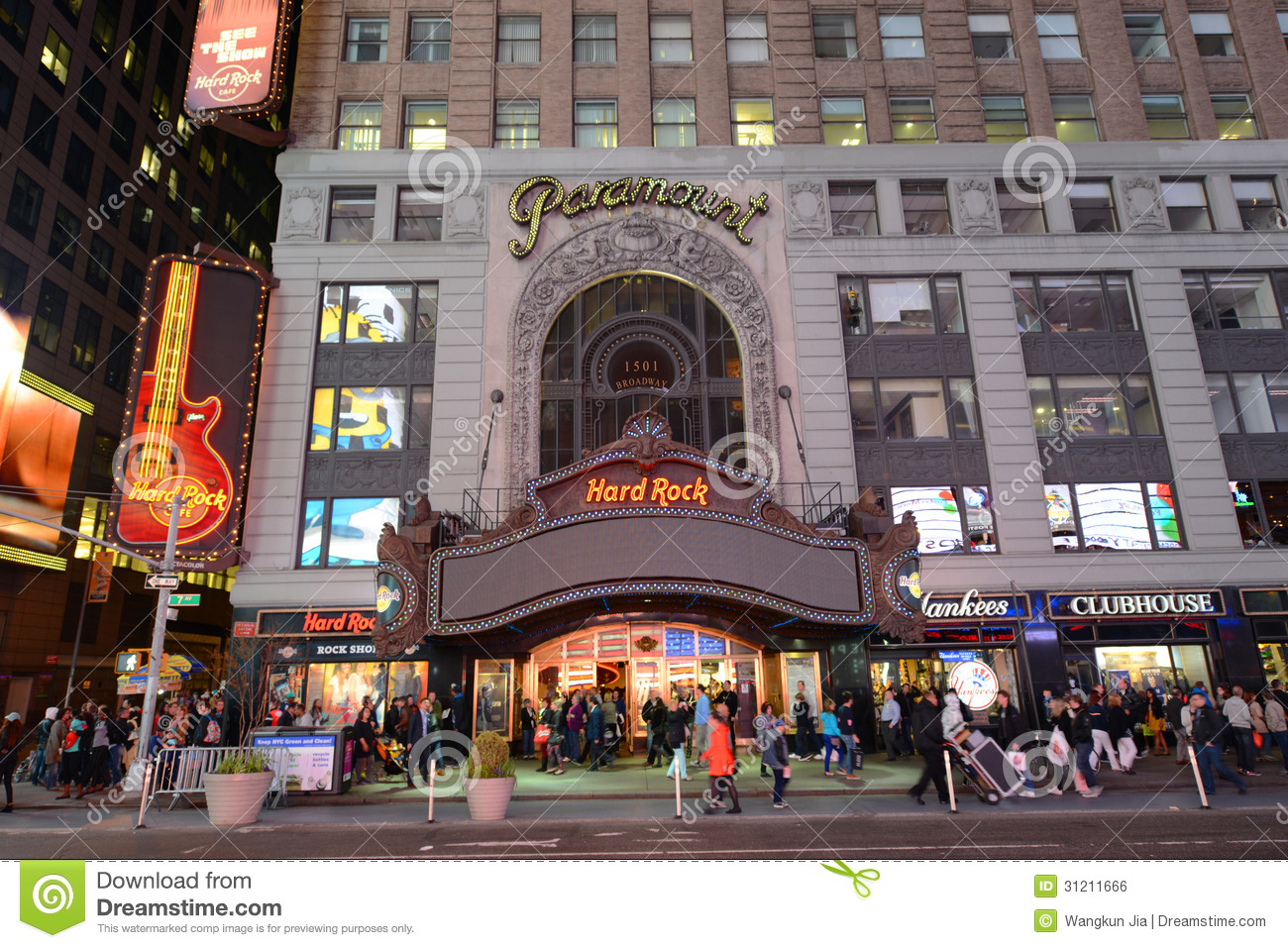 Paramount theatre times square manhattan nyc editorial for Luxury extended stay hotels nyc